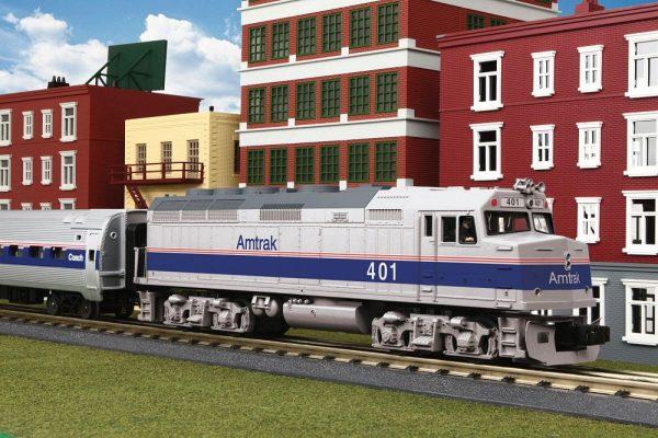 30-4246-1 AMTRAK TRAIN SET
